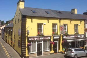 Smyths-siopa-dining-out-in-Ballinamore-Leitrim