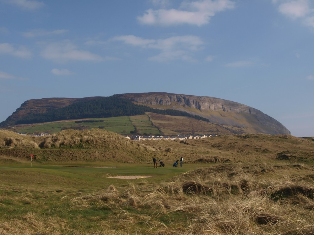 strandhill_golf_course_links_course_near_leitrim