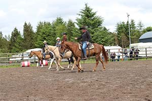 Visit_Drumcoura_western_riding_on-your-staycation-in-Leitrim
