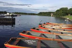 Lough_key_boat_tours_family_adventures_near_Hamill's_B_and_B