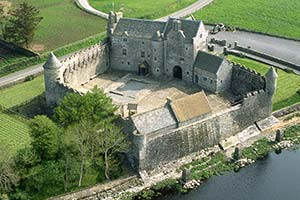 parkes_castle_leitrim_places_to_stay